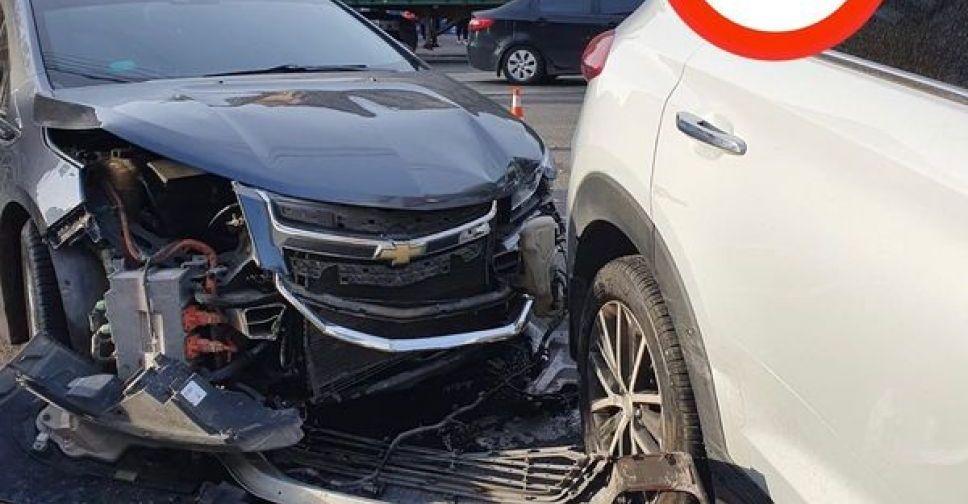 ДТП в центре Мариуполя: пострадавшая девушка-водитель сбежала из больницы